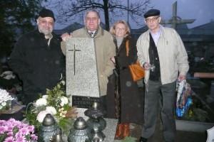 Przy grobie naszej wychowawcy p. Stefani Czerniak
